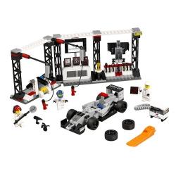 LEGO 75911 Zastávka v boxech pro McLaren Mercedes