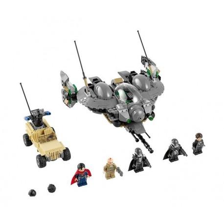 LEGO 76003 Superman: Bitva o Smallville